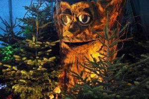 Märchenwald Winter Wonderland Deko mit Nordmanntanne Perfect Shape