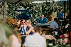 In der Natur im Glashaus Karben mit Cover Band Hochzeit feiern