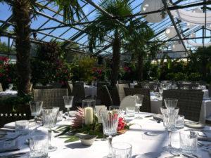 Exklusive Hochzeit unter Palmen in Gewächshaus bei Frankfurt feiern